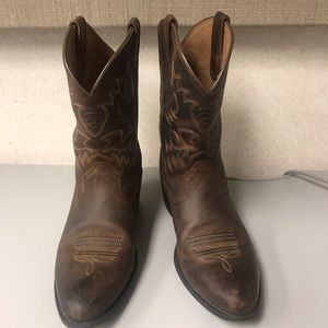 Arias cowgirl boots